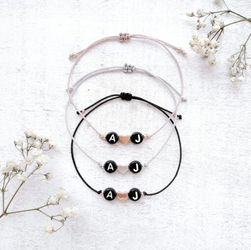 Armband | schwarze Initialen | personalisiertes Geschenk