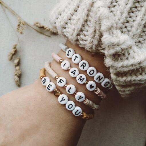 Tragefoto Selflove Armbänder